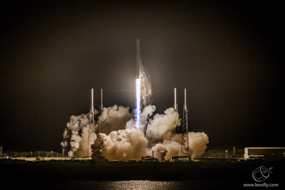 SpaceXLaunchJan2015-LF-3-X3